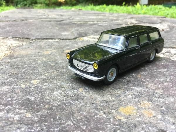 Peugeot 404 2