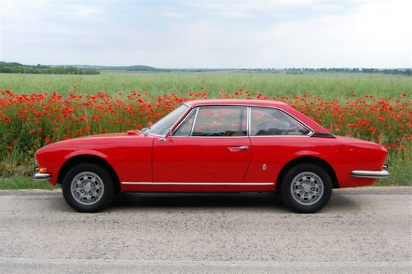 Peugeot 504 coupe red poppies