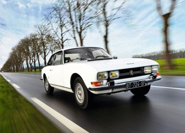 Peugeot 504 coupe white drive