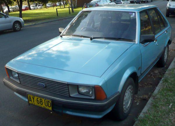 1981-1983_Ford_Laser_(KA)_GL_5-door_hatchback_01