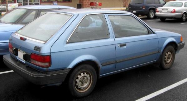 1985_Mazda_323_30446