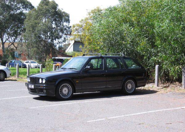 1989 BMW 325i Touring 1
