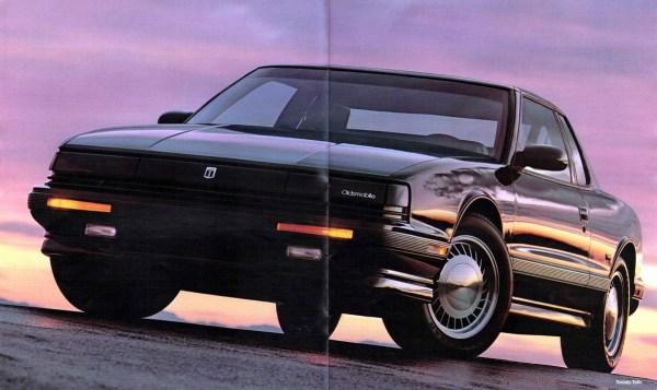 1990 Oldsmobile Full Size Prestige-06-07