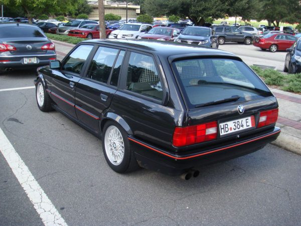 BMW 3-wagon rear 34