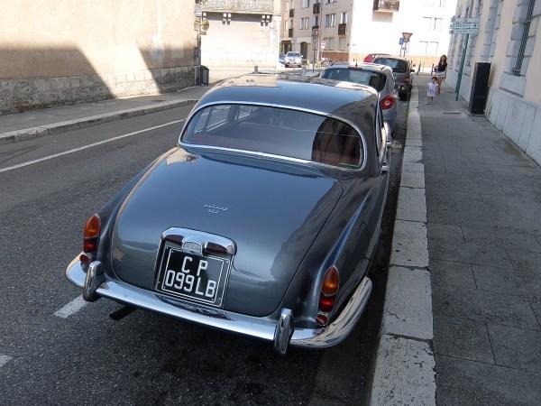 1967_Jag420_rear1