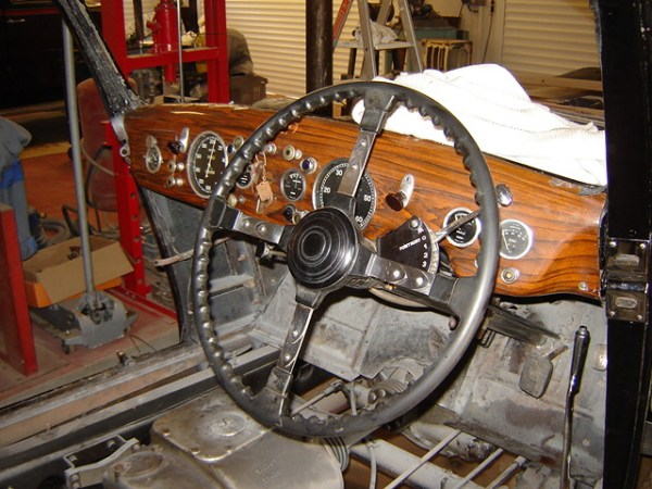 A better photo of the T26 dash found on a Talbot forum