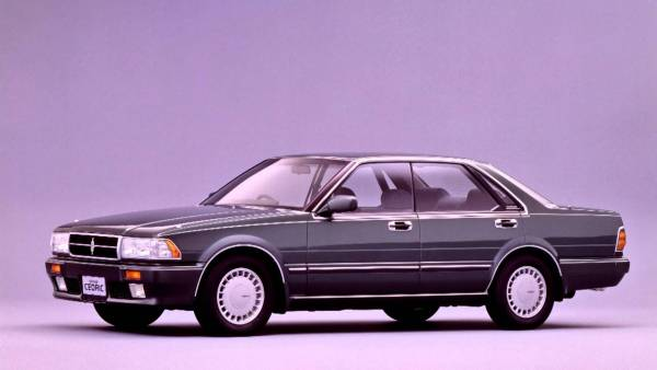 1988-91 Nissan Cedric Y31 hard-top sedan: our feature car's direct ancestor.