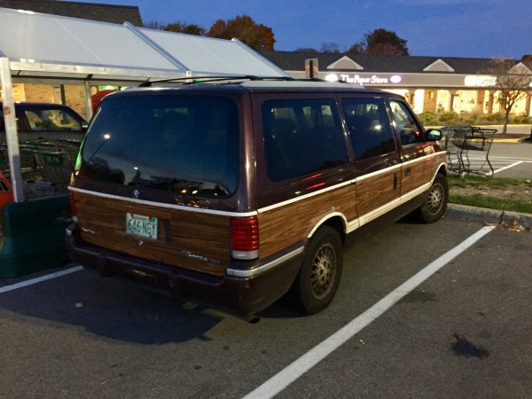 1993-plymouth-grand-voyager-le-c