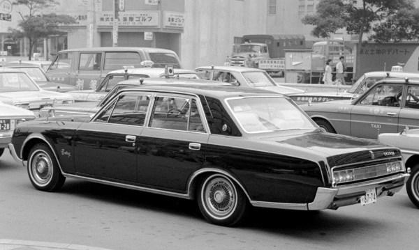 1968 Toyota Century VG20 – photo: Koyapop