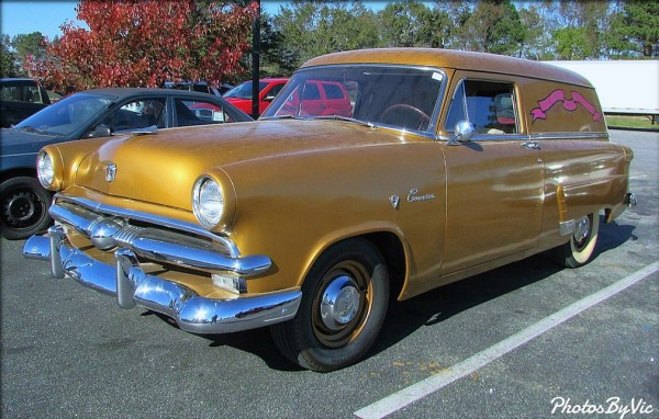 ford-1953-courier