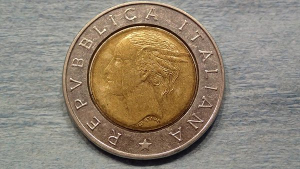 Italian coin? Front.