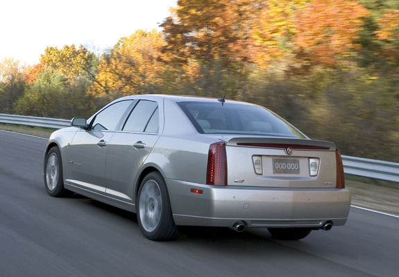 images_cadillac_sts_2005_4_b
