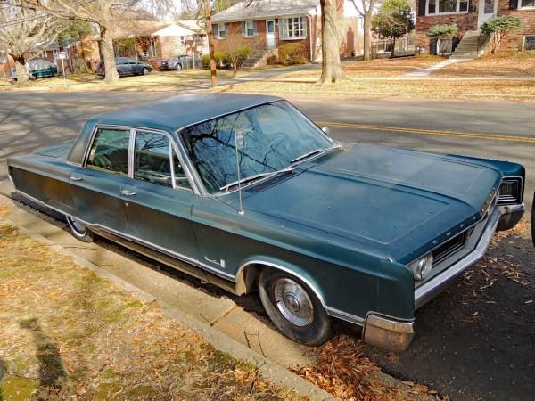 1967 Chrysler Newport Custom – Upscale, Downscale | Curbside