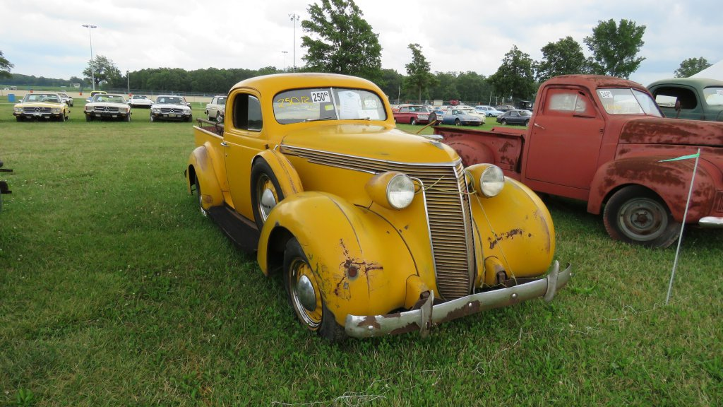 Auction Classic: Ron Hackenberger Auction
