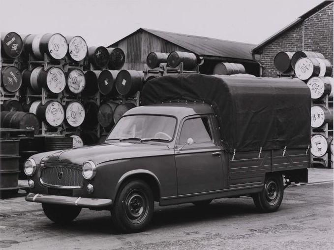 Assez Cohort Outtake: Peugeot 403 Pickup – Le Truck KU26