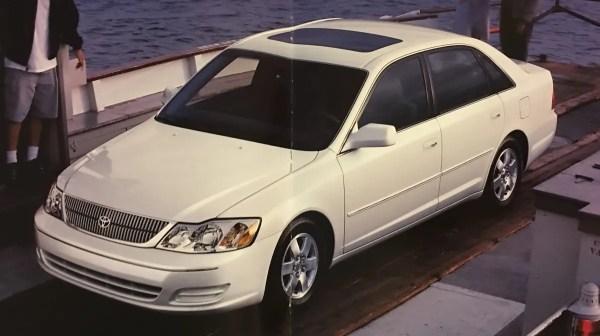 Avalon XL white