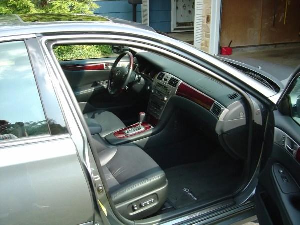 Lexus ES330 front interior