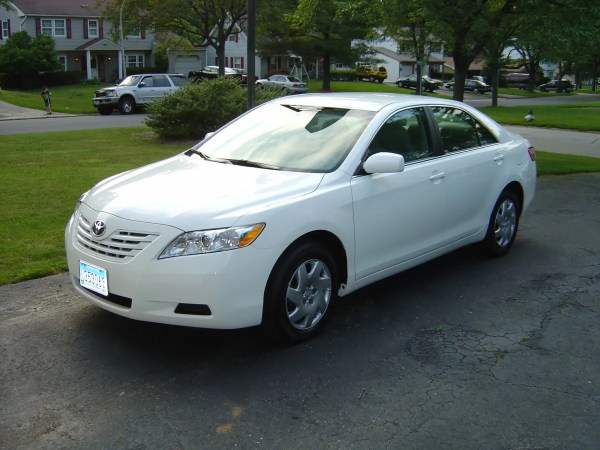 2007 Toyota Camry CE front