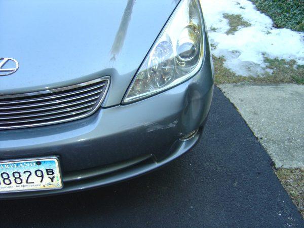 Dented Lexus ES330