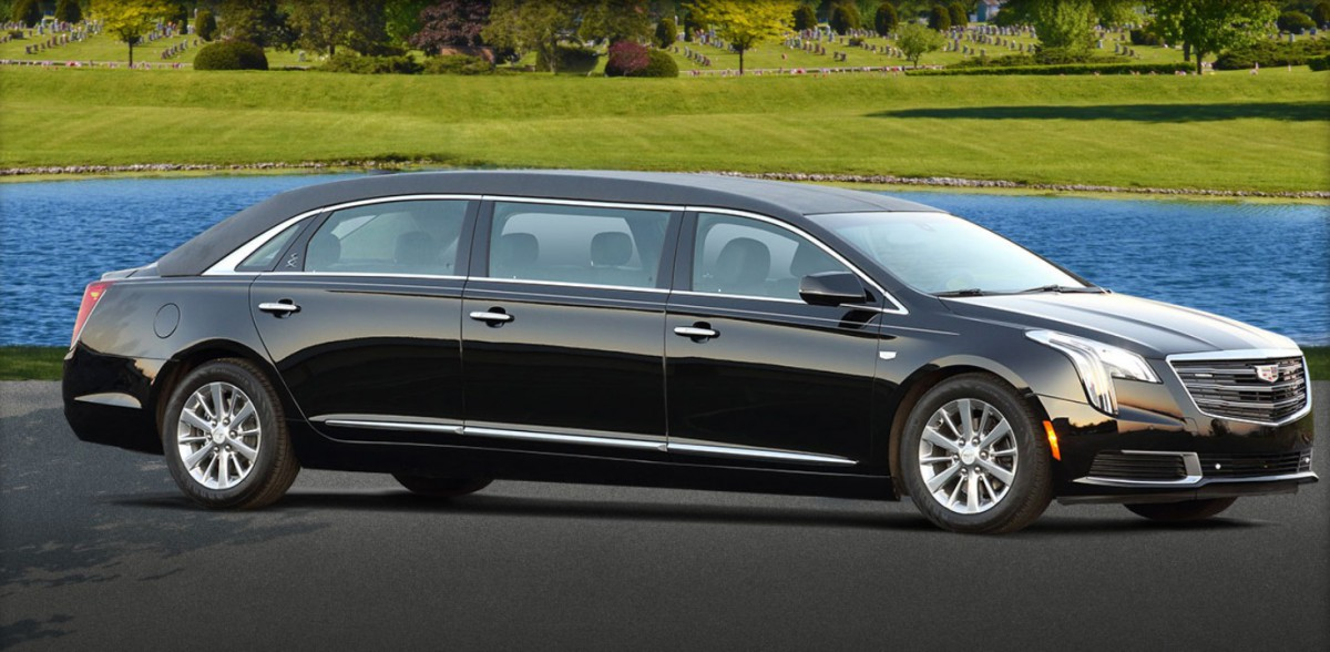 This one was made by Superior which made so many hearses limos and other specialized bodies for so long. Do they still make six-door sedans? & CC Outtake: Cadillac Fleetwood Six Door Sedan: The Comfortable ...