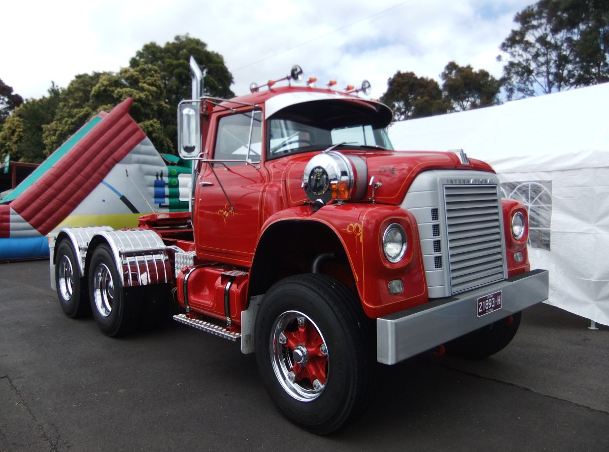 Car Show Classic: 2013 Historic Commercial Vehicle Club Annual Show ...