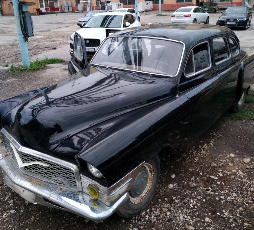 CC For Sale: ZIM GAZ-12 / Chayka GAZ-13 Hybrid – A Rare Bird