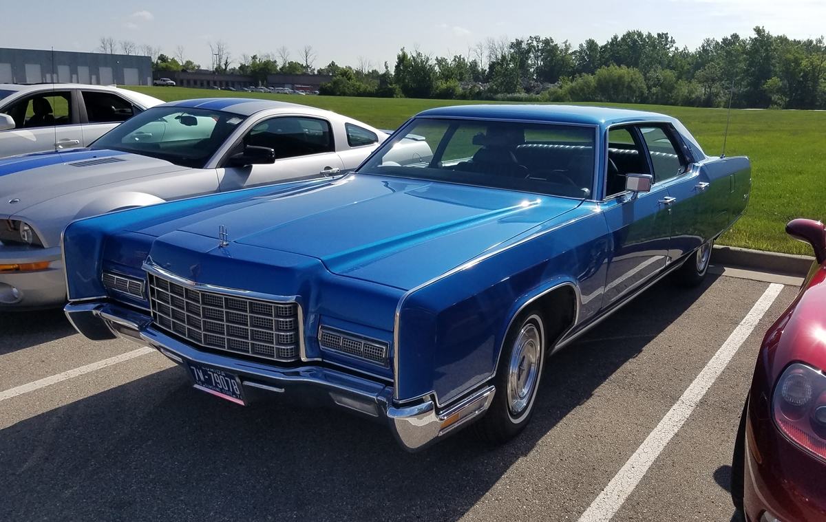 Car Show Classic Lincoln Continental Making The Case For - Lincoln car show