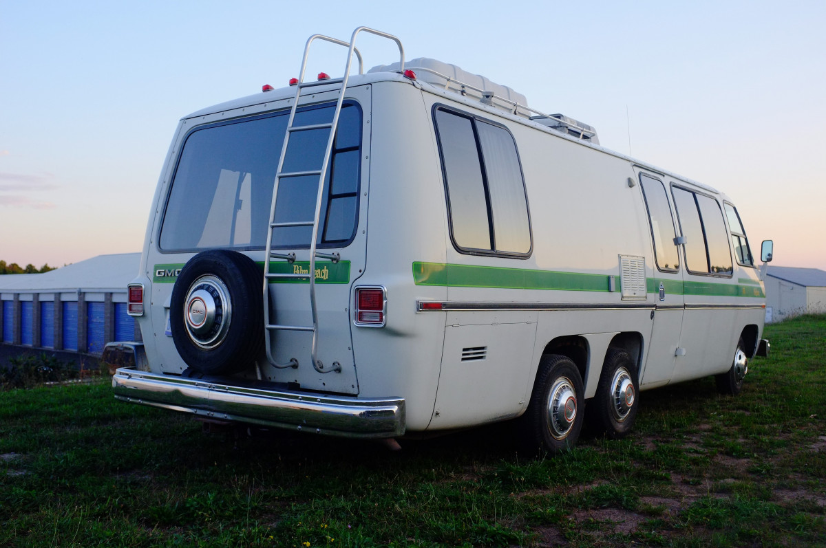 Motorhome Of A Lifetime: 1977 GMC Motorhome – Rides Great