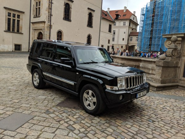 Curbside Classic 2006 10 Jeep Commander Unfit For Human Consumption Curbside Classic