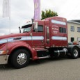 A conventional, American tractor with a full-time job in the Netherlands, now that's a curiosity for sure. Since early 2008, this 2007 Peterbilt 386 has been working for the Jansen […]