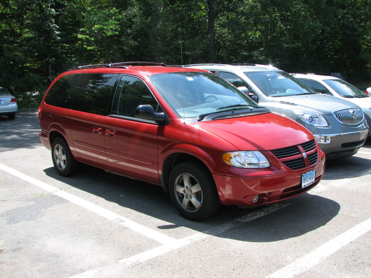Coal 2007 Dodge Grand Caravan Sxt Seating For Seven Family Of Three Curbside Classic