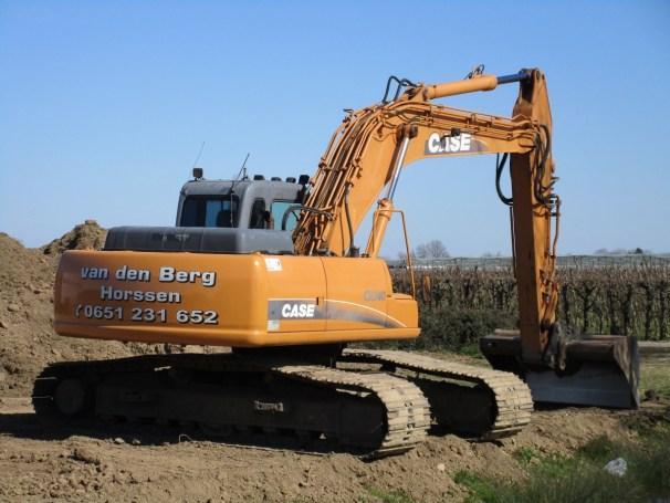 case crawler excavator - 2