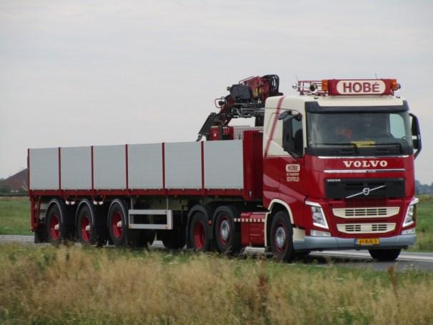 Volvo FH brick hauler