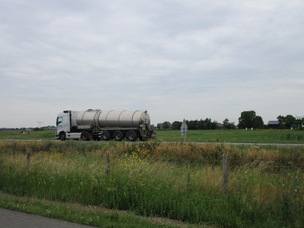 Volvo FH tractor