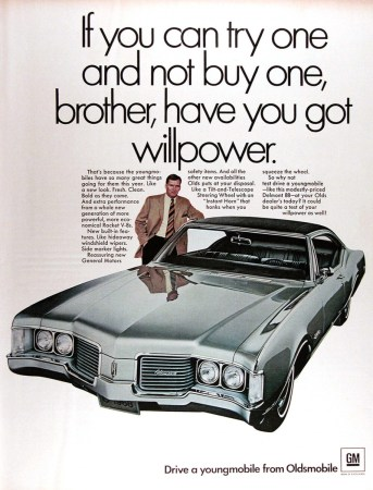 1967 Oldsmobile Delmont 88 coupe ad