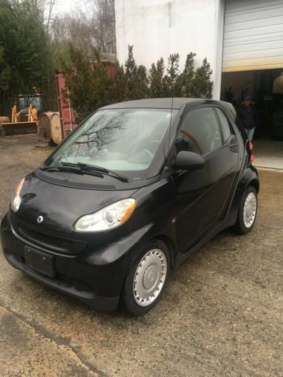a black smart car