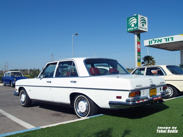 White Mercedes-Benz W108