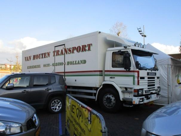 Scania 93m 4x2 box truck - 1