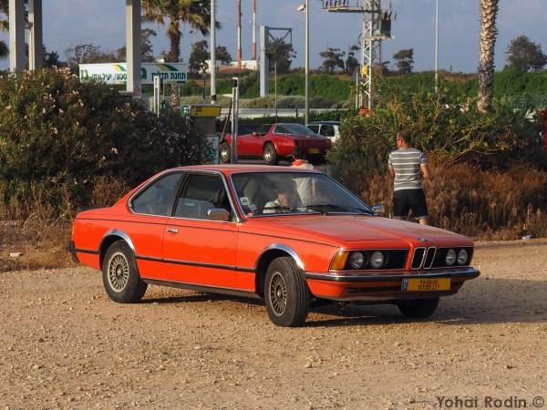 Red BMW E24 630 CS