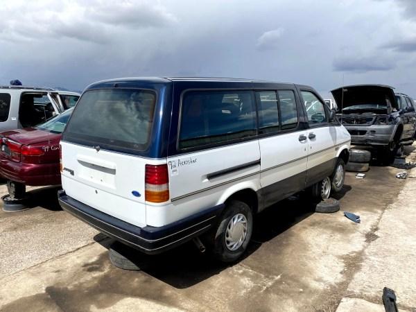 1992 Ford Aerostar XLT AWD (LWB)