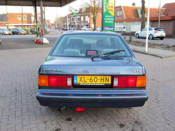 Chrysler GTS, rear