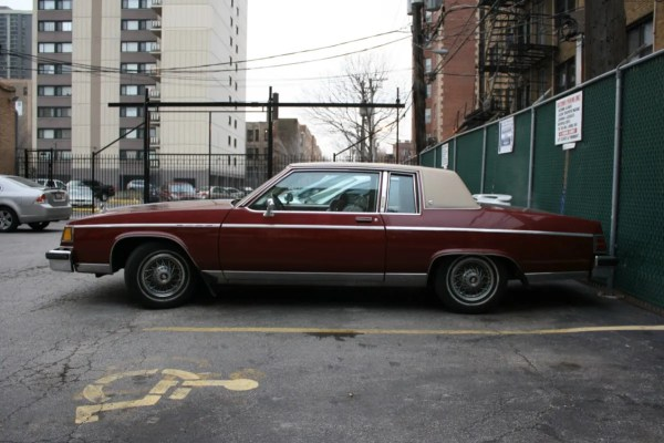 1982 Buick Electra Park Avenue. Edgewater, Chicago, Illinois. Tuesday, December 18, 2012.