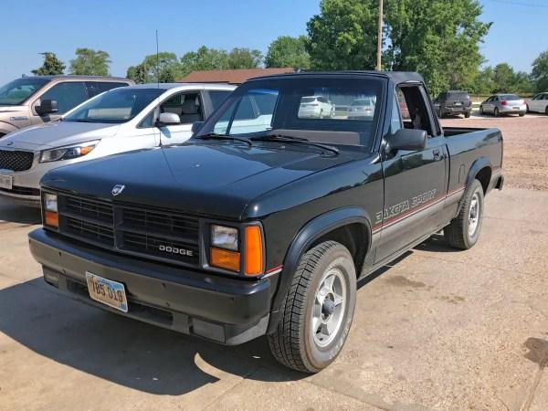 1989 Dodge Dakota Sport Convertible left front