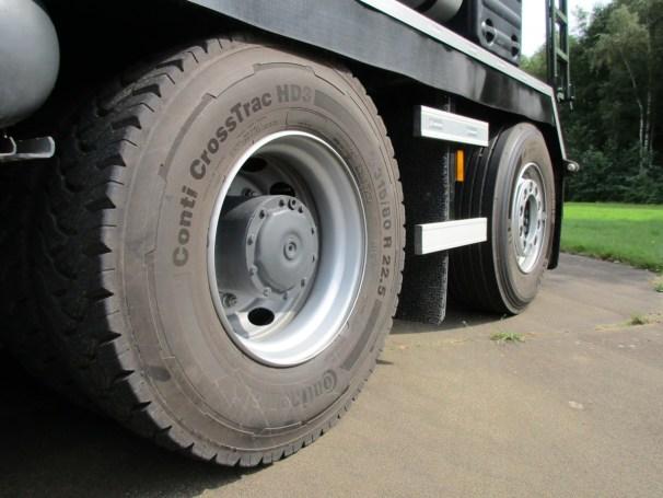 2021 MB Arocs 10x4 - Continental tires