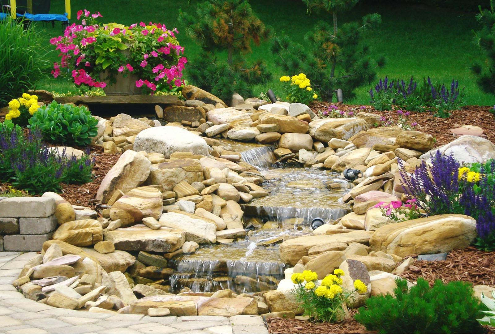 Outdoor Living Designs Minneapolis | Outdoor Living ... on Outdoor Living And Landscapes id=17089