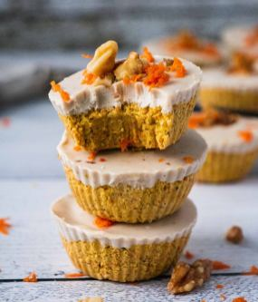 resized-raw-carrot-cake-bites-11-877x1024