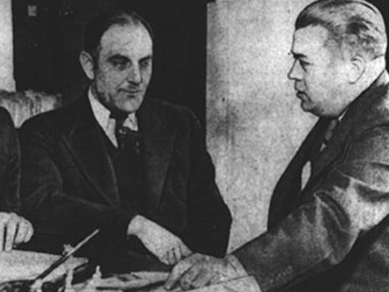 Comment Victor Lustig a-t-il vendu la Tour Eiffel ? Histoire d'une arnaque incroyable !