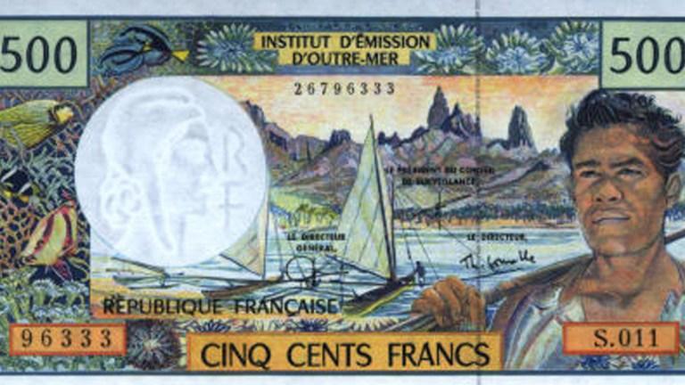 La France a deux monnaies officielles