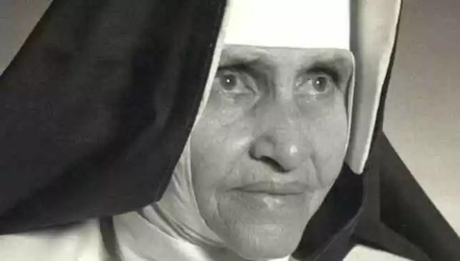 Irmã Dulce primeira santa brasileira