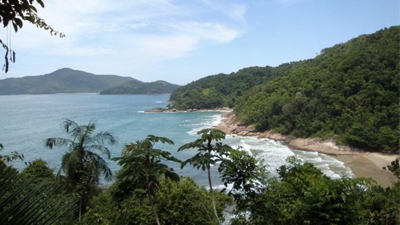 Praia de Fora vista da trilha